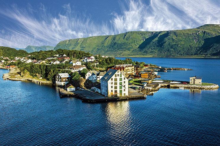 Imagem E4110-Tres Capitales y Fiordos