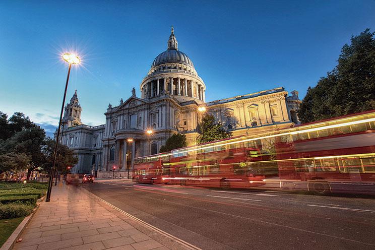 Imagem E4170-Londres, París y Croacia (Avión)