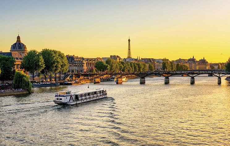Paris e Itália (Ônibus) + Ext. Costa Azul e Espanha (E4006.1) - 2019/2020