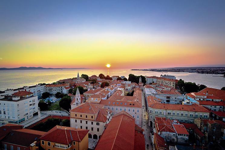 Paris, Cidades Imperiais e Croácia + Ext. Montenegro (E4171.1) - 2019/2020